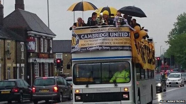Cambridge United open-top bus tour