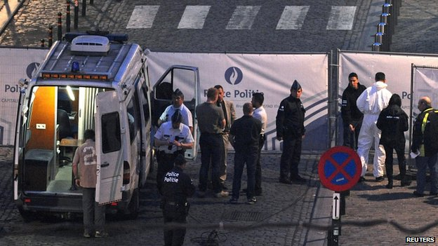 Police outside Jewish Museum in Brussels. 24 May 2014