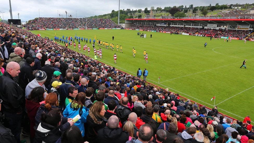 BBC Sport - In photos: Donegal beat Derry in Ulster