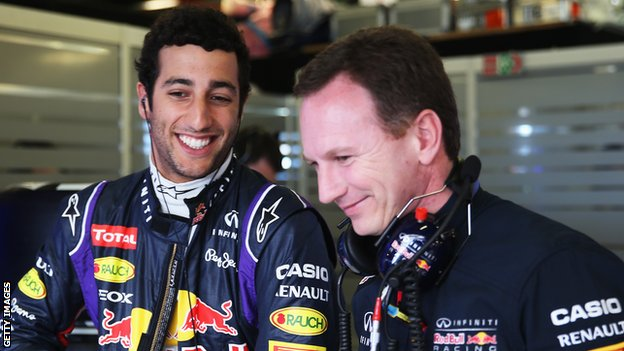 Christian Horner (right) with Daniel Ricciardo