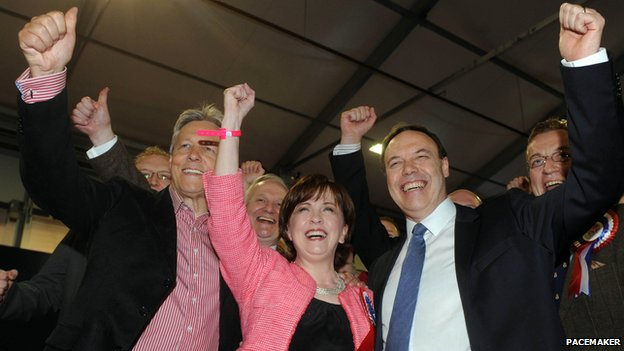 DUP celebrate Diane Dodds' election
