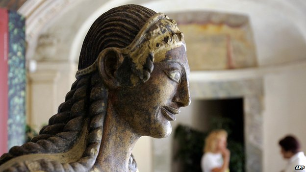 Etruscan statue