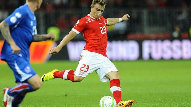 Switzerland against Iceland in qualifying