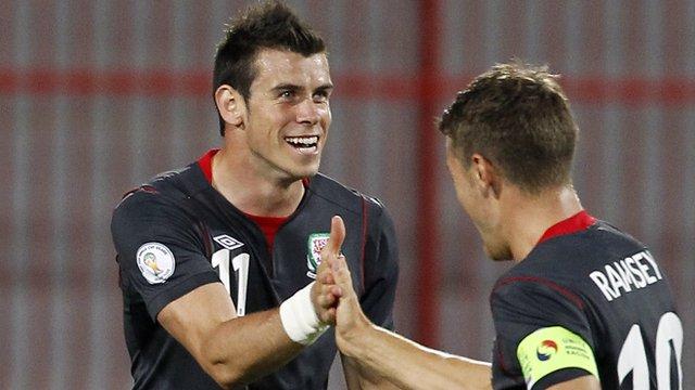 Gareth Bale celebrates against Serbia