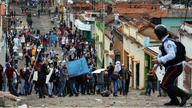 Protests in San Cristobal, Venezuela