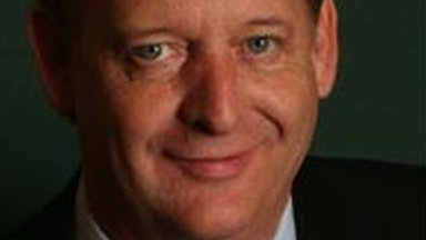 Stoke-on-Trent City Council deputy leader Paul Shotton has apologised for sending the texts