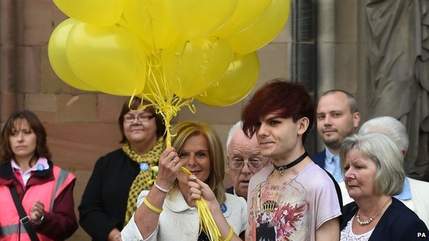 Stephen Sutton's mother, Jane, his brother, Chris, and others