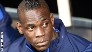 Mario Balotelli linked with Arsenal