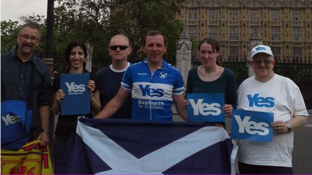 Yes Scotland members in London