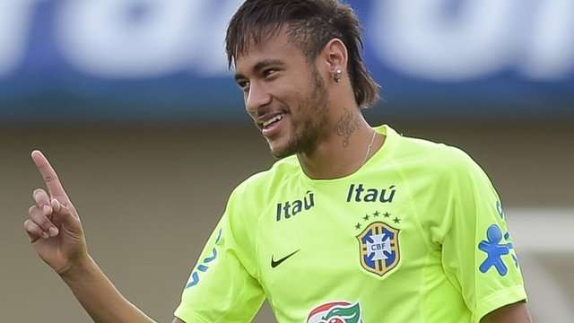 World Cup 2014: Brazil's Neymar scores cheeky penalty