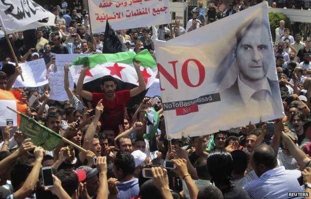 Syrian refugees and Lebanese protest in Tripoli against presidential election in Syria (30 May 2014)