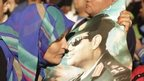 Woman kisses poster of Abdul Fattah al-Sisi (26/03/14)