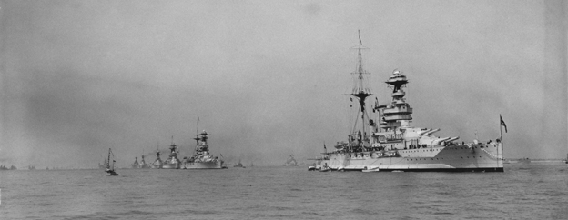 The Dreadnought battleship HMS Queen Elizabeth in 1935