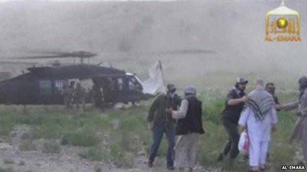 Footage of Bergdahl release
