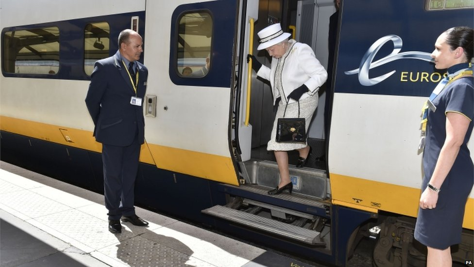 The Queen getting off a Eurostar train