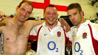 Lawrence Dallaglio, Steve Thompson and Joe Wosley celebrate England's 15-13 win in New Zealand in 2003