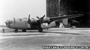 B-24 plane