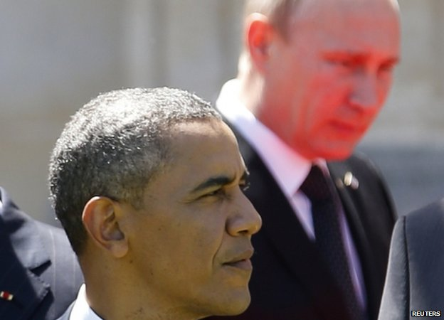 Barack Obama and Vladimir Putin (6 June 2014)