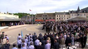 Service in Arromanches