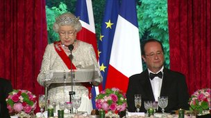 Queen Elizabeth II and President Hollande