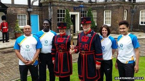 Baton-bearers arrive at the Tower of London