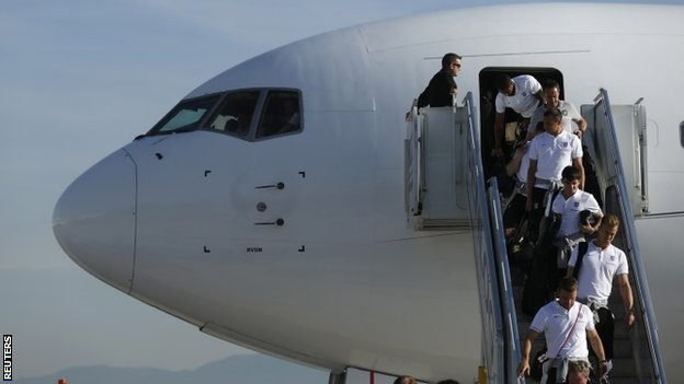 England arrive in Brazil