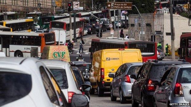 Latin American Herald Tribune - Sao Paulo Suffers Record ... |Sao Paulo Brazil Traffic