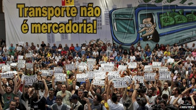 Union members vote for strike in Sao Paulo