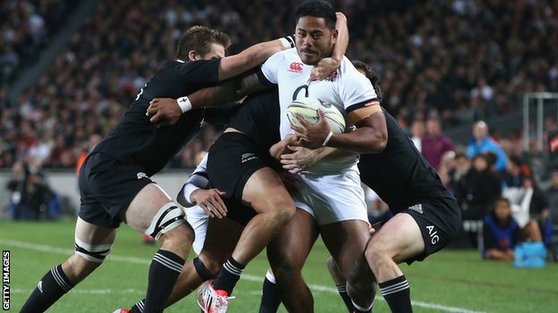 Manu Tuilagi of England against the All Blacks of New Zeland