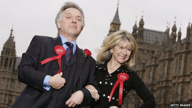 Mayall and Marsha Fitzalan as Alan and Sarah B'Stard in The New Statesman