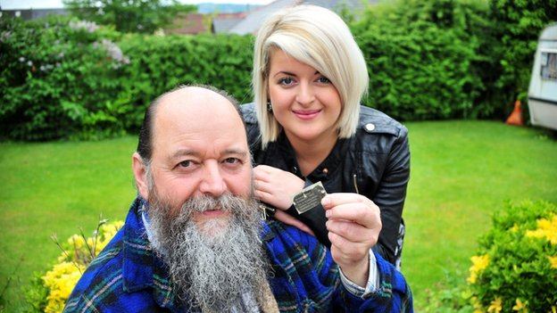Barrie Jones with his daughter Amber Bates and the dog tag