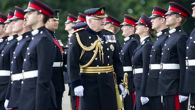 Army reservists pass out from training course