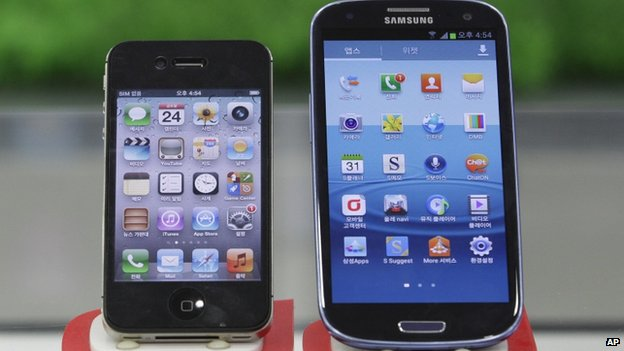Samsung Galaxy S3, right, and Apple iPhone 4S