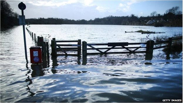 Field flooded by River Wey