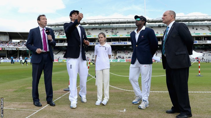England captain Alastair Cook and Sri Lanka skipper Angelo Mathews