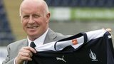 Peter Houston is unveiled at Falkirk