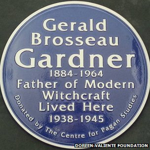 Gerald Gardner blue plaque