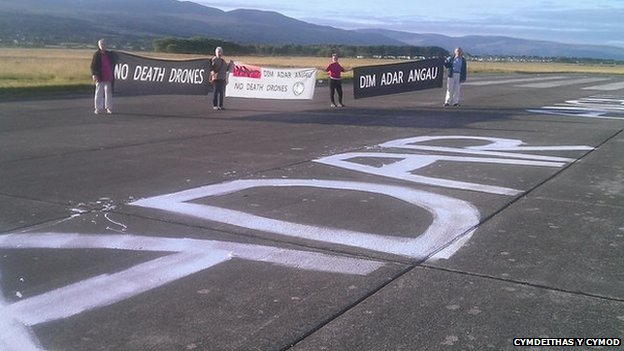 Runway protest