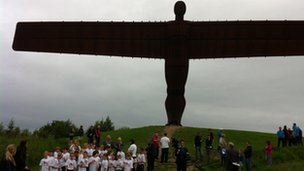 Schoolchildren at the Angel of the North