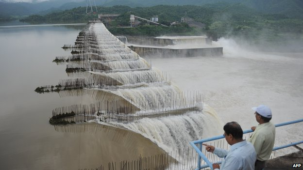Activists fear thousands will be displaced if the height of the Sardar Sarovar dam is increased.