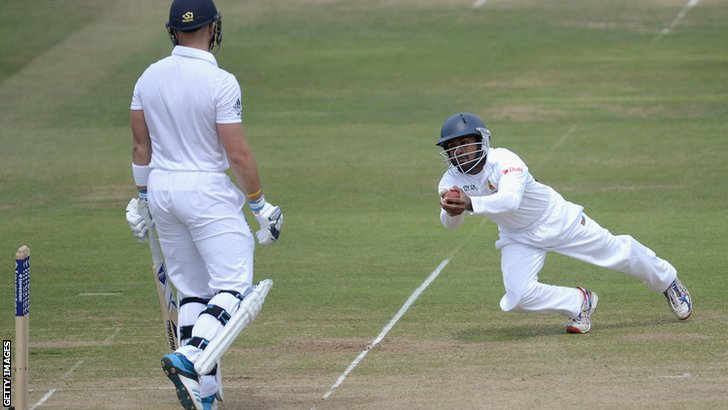 England's Matt Prior is caught by Kaushal Silva
