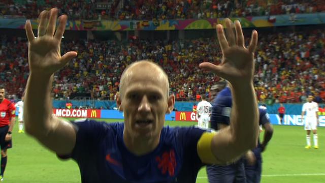 World Cup 2014: Arjen Robben scores fifth Dutch goal