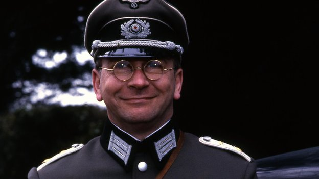Sam Kelly in Allo Allo (1984)