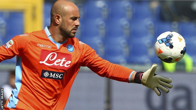 Liverpool's Spain goalkeeper Pepe Reina