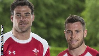 Mike Phillips and Gareth Davies