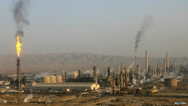Baiji oil refinery (January 2009)