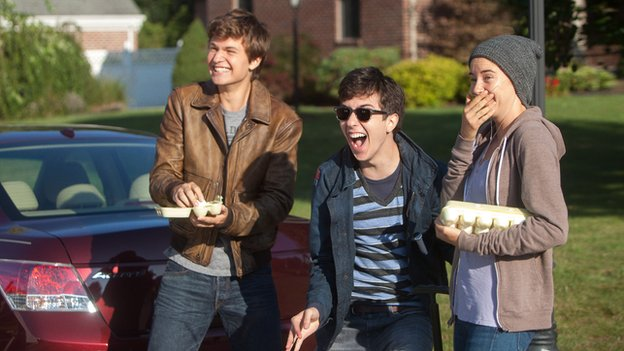 Ansel Elgort, Nat Woolf and Shailene Woodley in The Fault in Our Stars