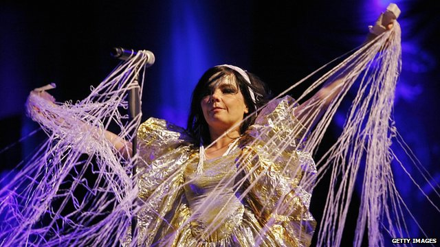 Bjork at the 2007 Rock en Seine music festival