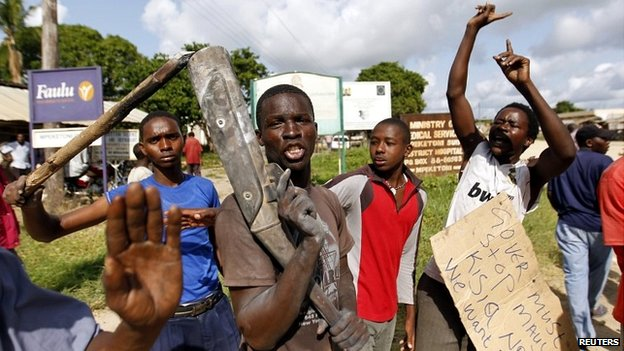 Locals took to the streets of Mpeketoni and chanted slogans to protest after unidentified gunmen attacked the coastal Kenyan town - 17 June 2014