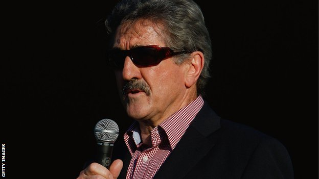 Gerald Davies in 2009